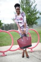 Zara bag - Christian Louboutin shoes - H&M pants - H&M top