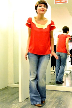 red kling blouse