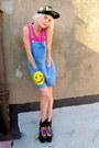 Smiley-face-some-velvet-vintage-shorts