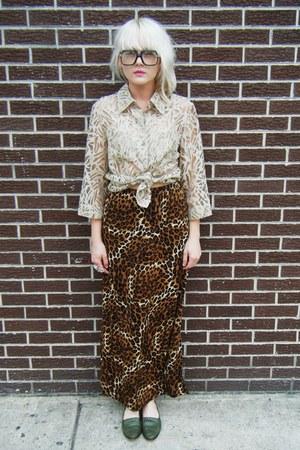 tawny leopard some velvet vintage skirt