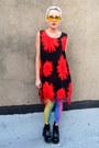 Red-floral-some-velvet-vintage-dress