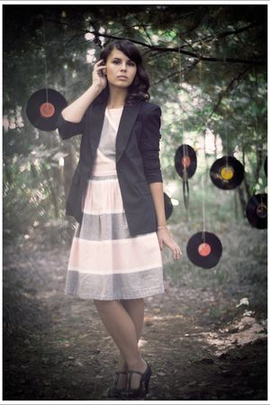 pink Vintage store dress - black Forever21 blazer - black Target shoes