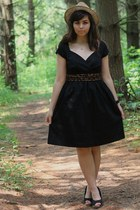 black liz claiborne dress