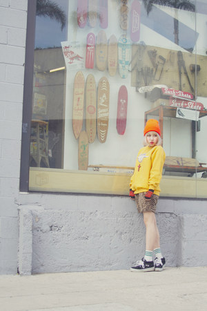 American Apparel hat - ROWKY sweatshirt - vintage pants - ROWKY accessories