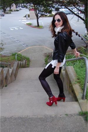 black Bebe jacket - red Stewart Weitzmen boots - black 72 changes leggings