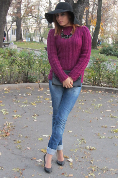knitted DIY sweater - American Eagle hat - Forever 21 necklace