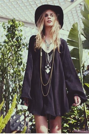 black the stone dress For Love & Lemons dress
