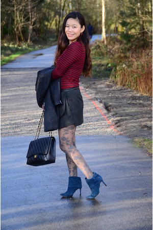 dark gray Zara skirt - teal calvin klein boots - brick red Zara top