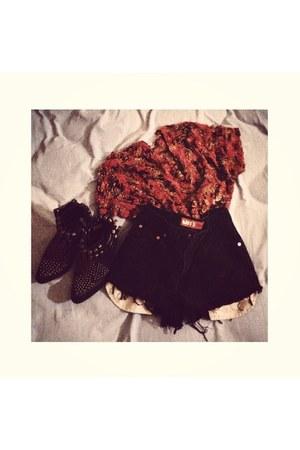 black Jeffrey Campbell boots - black thrifted vintage shorts