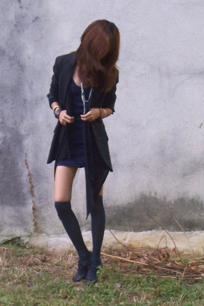 H&M blazer - American Apparel dress - forever 21 sweater - CVS socks