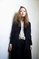 white vintage blouse - black H&M boots - black H&M jacket - black BCBG blazer