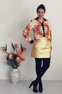 Carrot-orange-baroque-romwecom-shirt-gold-metallic-zara-skirt