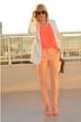 Gold-straw-gap-bag-white-wide-lapel-zara-blazer-hot-pink-h-m-top