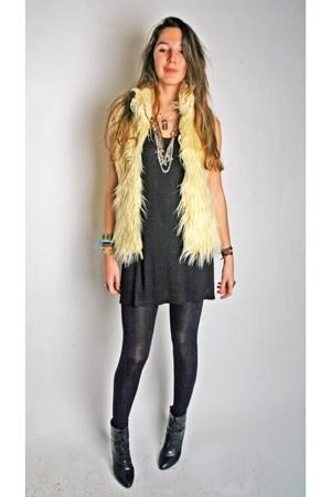 Zara vest - H&M dress - H&M shoes