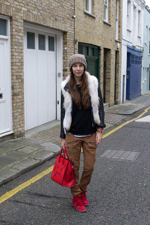 Bershka jacket - Celine bag - Isabel Marant sneakers