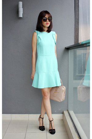 mint Miu Miu dress - Prada bag - Karen Walker sunglasses - Zara heels