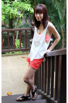 white Doodlings top - carrot orange Lucky Brand shorts - black DKNY sandals