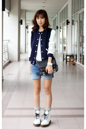 white shoes spring Dr Martens boots - navy Mood & Closet jacket