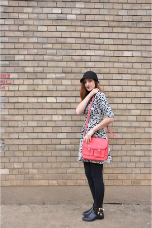 black Local store boots - heather gray Local store dress - red H&M purse