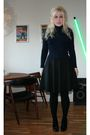 Vintage-blouse-zara-skirt-black-monki-shoes