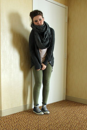 green BikBok leggings - gray Oasis cardigan - pink H&amp;M top - gray BikBok scarf