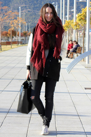 pull&amp;bear scarf - Zara coat - Zara bag - H&amp;M pants - Converse sneakers