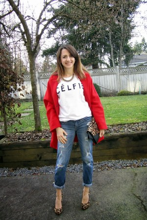 red Topshop jacket - blue American Eagle jeans - black Aldo bag