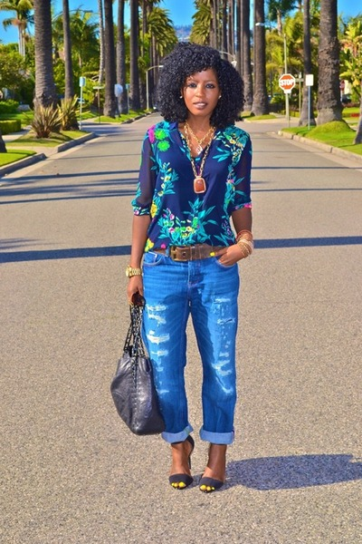 blue boyfriend jeans - navy Zara blouse