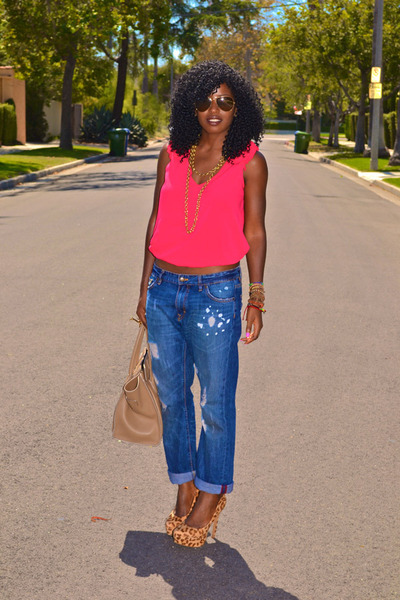 Zara blouse - boyfriend jeans - leopard print pumps