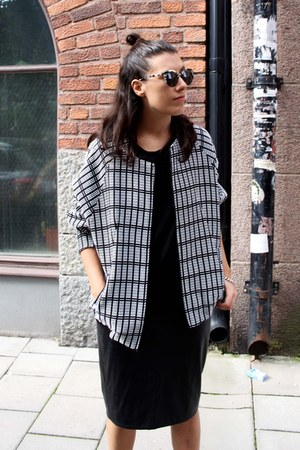 black acne boots - black Topshop jacket - black Super sunglasses