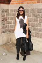 black leather Zara jacket - black studded Zara bag - ivory no brand sunglasses