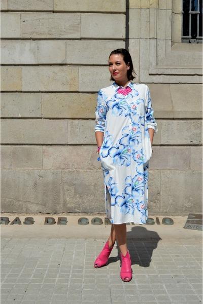 bubble gum leather  suede Don Donna boots - white shirt dress Zara dress