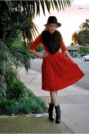 black f21 boots - red vintage dress - black vintage hat - black H&M scarf