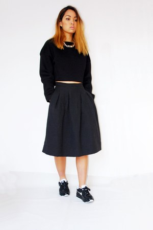 black Zara sweater - black H&M skirt - black nike sneakers
