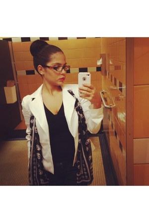 Bebe jeans - Bebe blazer - boutique shirt - Ebay scarf