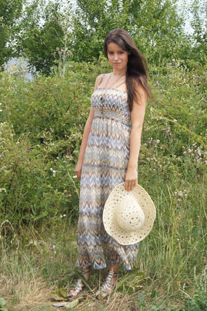 beige Dorothy Perkins dress - beige vintage hat - silver sam edelman shoes