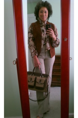 suede mj carrol vest - Payless boots - Dooney & Bourke bag