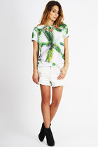 white distressed Styligion - Somedays Lovin shorts - green palm prints Styligion