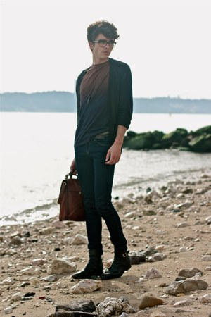 navy ombre COS t-shirt - black vintage boots - navy H&amp;M jeans