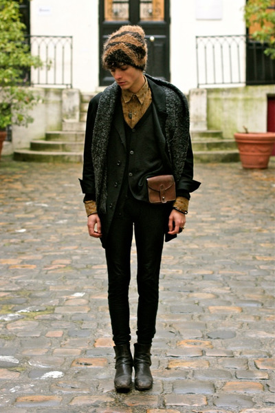 black Yohji Yamamoto blazer - bronze mohair Dries Van Noten hat