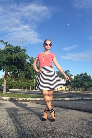 skater stripes Forever 21 skirt - sunglasses - black black suede pumps