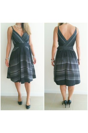 striped taffeta basque dress - black patent diana ferarri heels