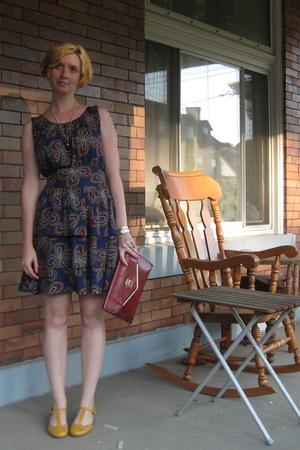 dress - shoes - purse - necklace