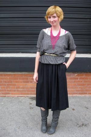 gray ModClothcom top - black vintage skirt - gray ModClothcom shoes - gold vinta
