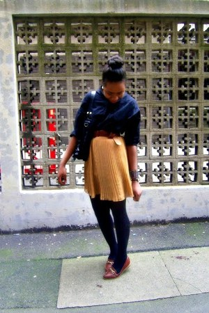 mustard pleated skirt select skirt - black H&M shirt - brown Newlook loafers