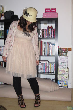 beige Urban Outfitters dress - beige Urban Outfitters hat - black Missguided sho