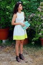 Beige-summer-gap-dress-chartreuse-floral-print-gap-bag