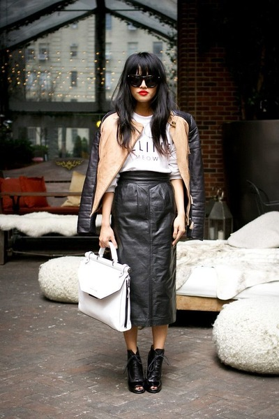 dark gray leathery edgy Alexander Wang skirt