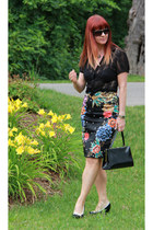 red Anthropologie skirt - black TJ Maxx top - white aerosoles heels