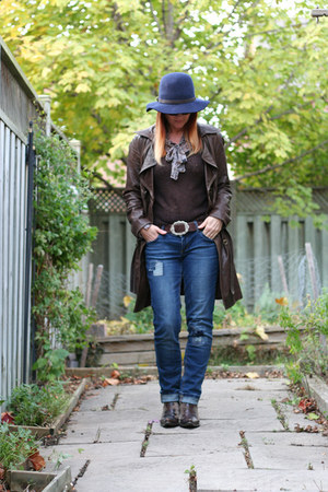 dark brown danier jacket - navy garage jeans - navy Gap hat